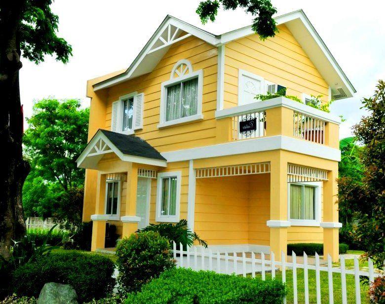 Warm Sunny Yellow hOUSE